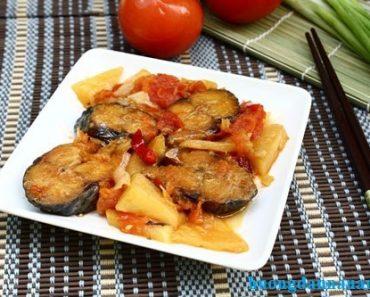 Cách làm cá nục kho cà chua ngon ngất ngây đảm bảo không bị tanh