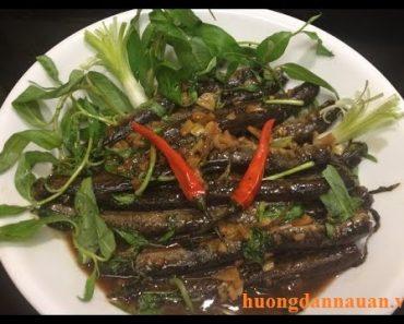Cách làm món cá kèo kho rau răm ngon ấm lòng những chiều mưa