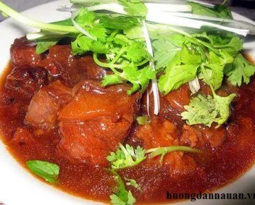 Cách nấu bò sốt vang đơn giản dễ làm thơm ngon của người miền Bắc