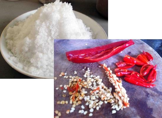 Cách làm muối ớt hột rang hình 2