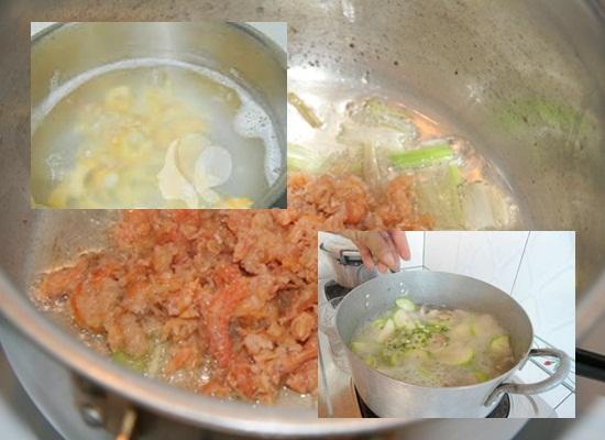 Tiến hành nấu canh bí đao tôm khô