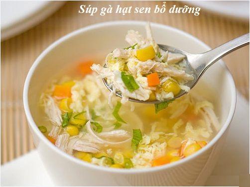 Cách nấu súp gà hạt sen hình 1