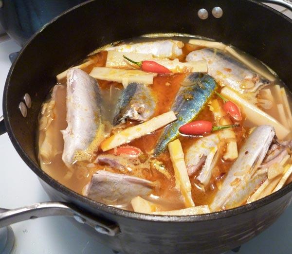 Cách làm cá nục kho măng