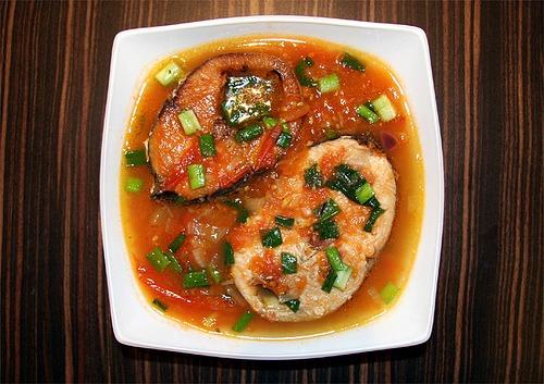 Yêu cầu đối với món cá ngừ kho cà chua:
