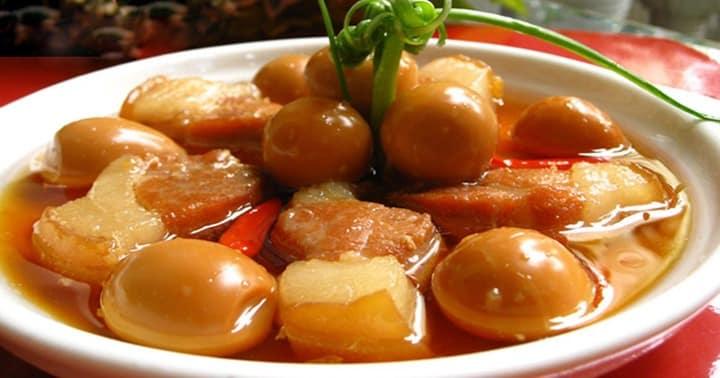 Thịt kho nước dừa