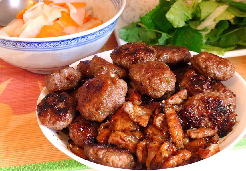 Cách ướp thịt nướng làm bún chả Hà Nội ngon không thua gì ngoài tiệm | Món ngon mỗi ngày - Hướng dẫn những cách làm bánh ngon nhất