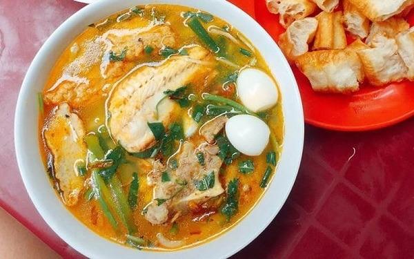 Cách nấu bánh canh cá lóc Huế