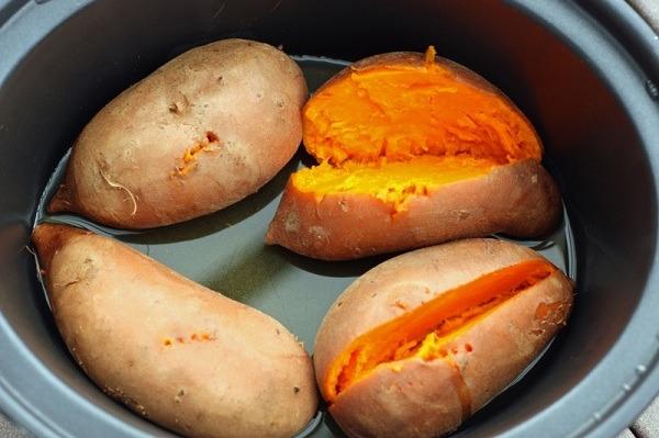 Cách luộc khoai lang ngon bùi đơn giản tại nhà hình 2