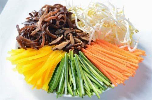 Cách làm cơm trộn Hàn Quốc ngon đúng vị đơn giản tại nhà hình 2