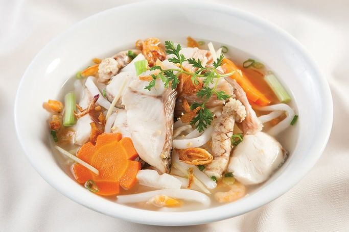 Cách thực hiện nấu món bánh canh cá lóc Huế