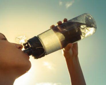 5 thời điểm bạn không nên uống nước
