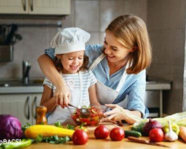 [Thực đơn mỗi ngày] Ăn rau sống có tốt không?