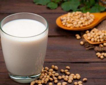 Làn da trẻ đẹp từ sữa đậu nành