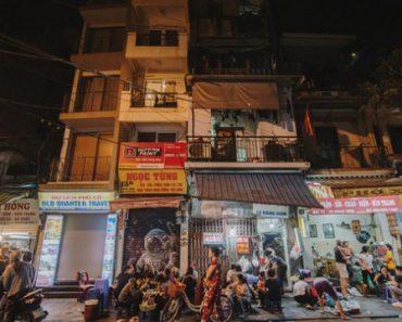 """Hàng Hòm: Con phố dài 120m cứ chiều đến lại """"lột xác"""" thành phố phở gà nức tiếng của Hà Nội"""