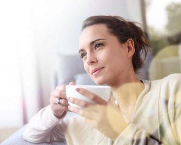 Uống nước ấm vào sáng sớm giúp bạn thu về những lợi ích đáng ngạc nhiên cho sức khỏe