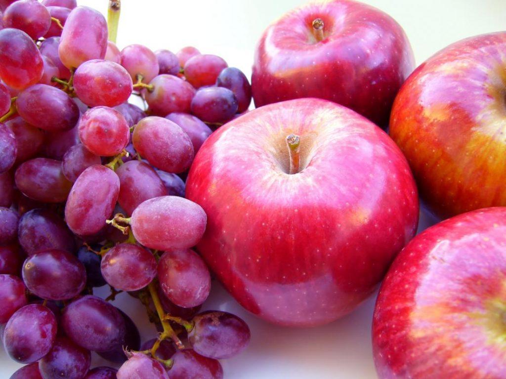 nho và táo